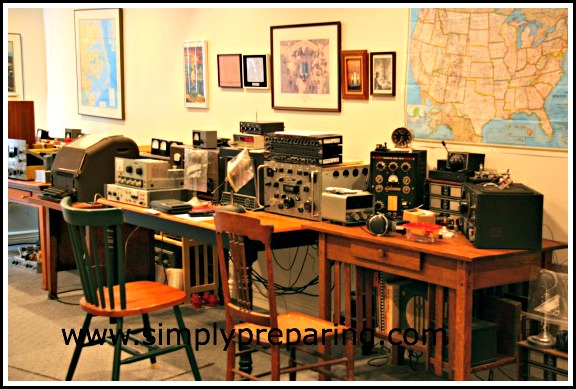 Dad's Ham Radio Room