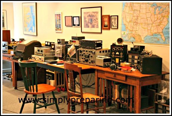 Dad's Ham Radio Room