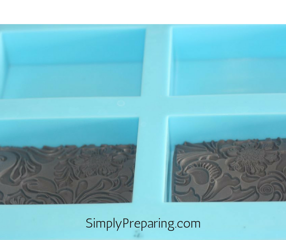 Texture mats in melt and pour soap molds for embossed soap
