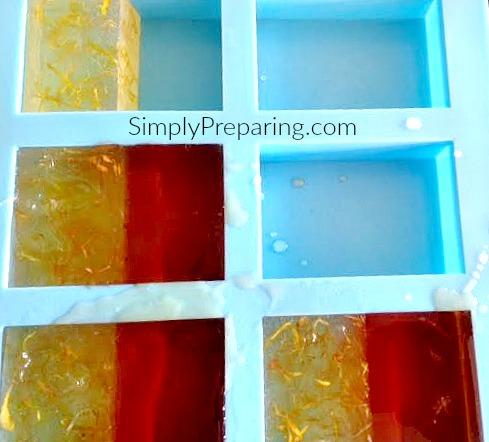 Two Tone Honey Calendula Melt and Pour Soap Recipe